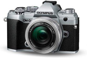 Olympus OM-D E-M5 Mark III Kit Fotocamera + Obiettivo M.Zuiko 14-42 mm