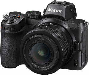 Nikon Z5 + Z 24-50 + Lexar SD 64 GB 667x Pro Fotocamera Mirrorless